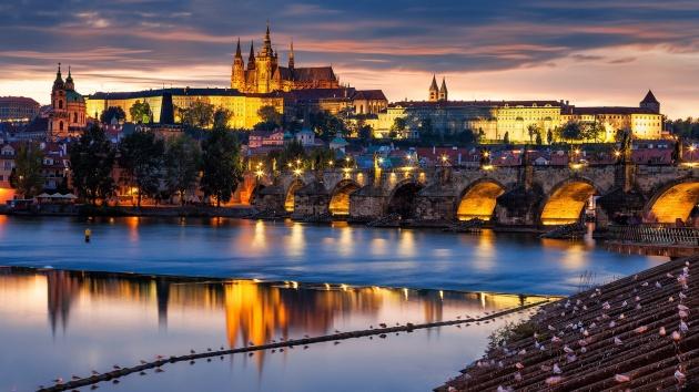 Prague-Czech-Republic-city-at-evening-bridge-river-Vltava_1920x1080